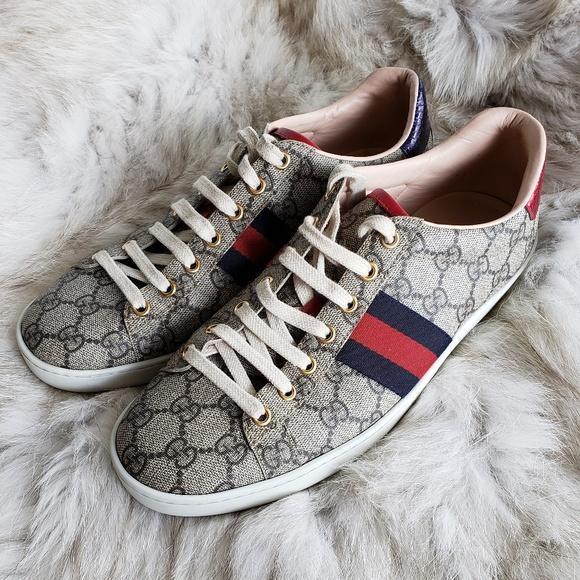 56c1006a844 Gucci Ace GG Supreme Sneakers Size 40 EUC